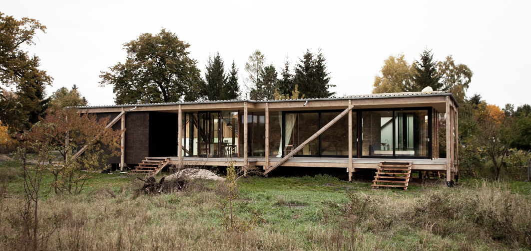 modern minimalist house in germany foynd. Black Bedroom Furniture Sets. Home Design Ideas